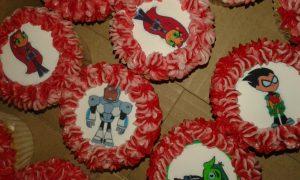 printed cartoon topper cupcakes