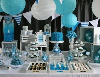 Classy candy table in white, blue and silver