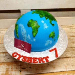 earth birthday cake
